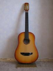 Прадам акустычную гітару